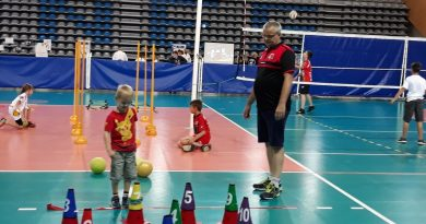 Présentation du volley harnésien aux Quartiers d'Eté